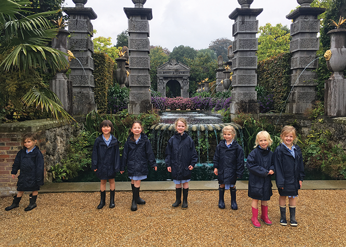 Children from St Ives School at Kew Gardens