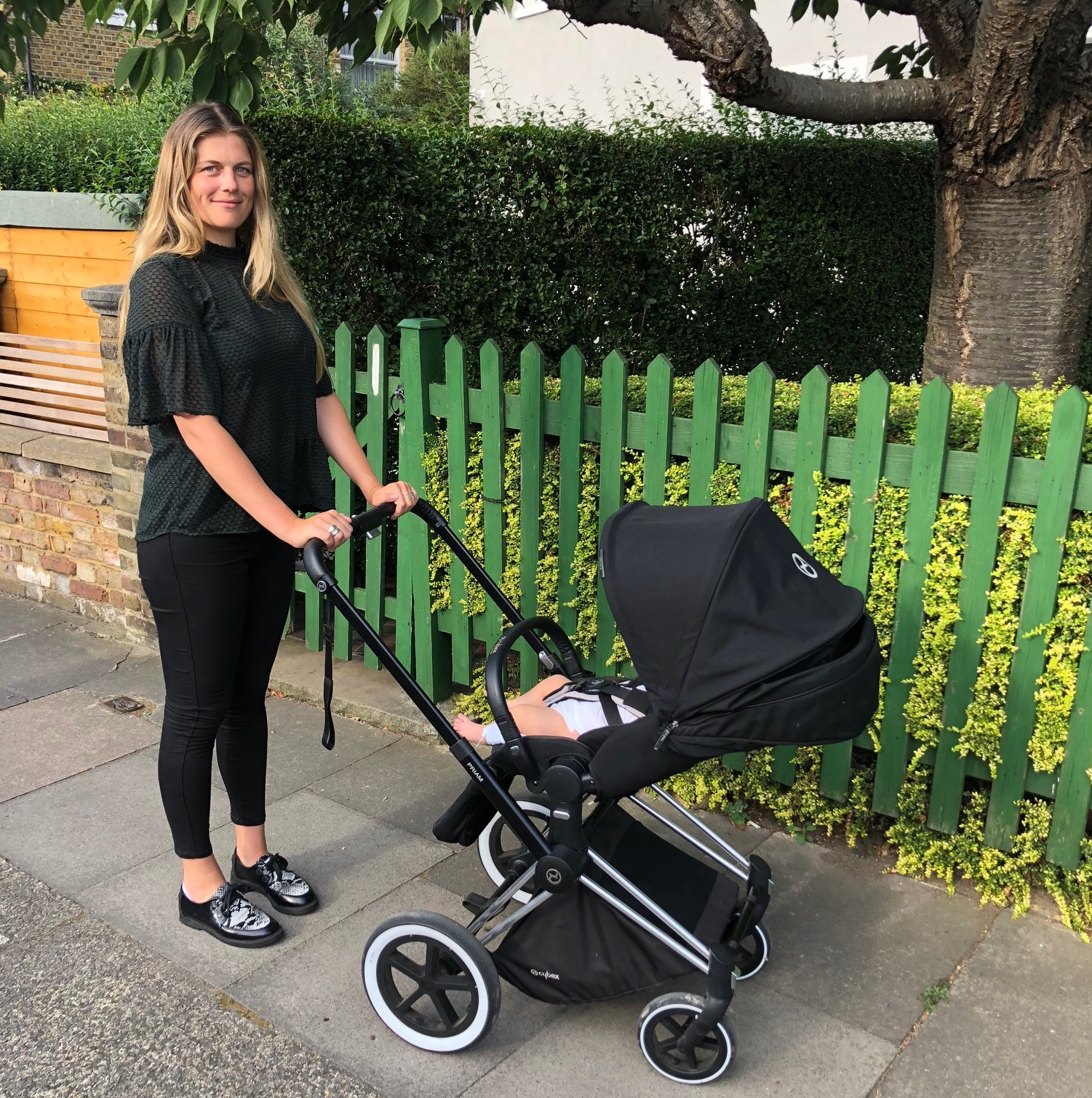 cybex priam review trying out the celebs 39 pushchair of. Black Bedroom Furniture Sets. Home Design Ideas