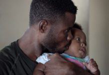 zach-vessels-breastfeeding-tips-for-dads
