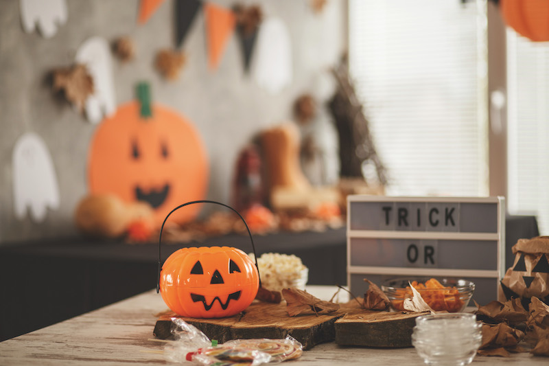 Halloween Theme Party Ideas.Halloween Party Ideas Decorations Food And Games Baby Magazine
