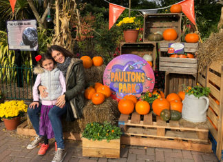 Katie Nicholl and daughter at Paultons Park