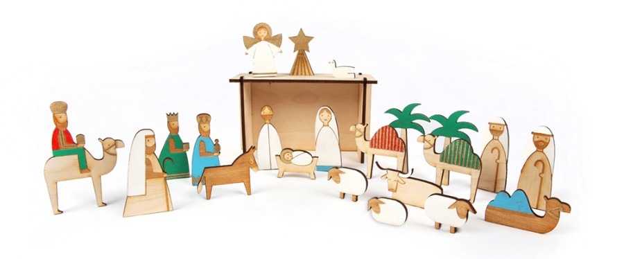 wooden-nativity-set-christmas