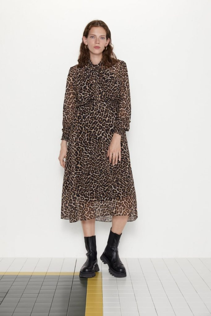 maternity-animal-print-dress