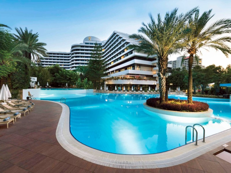 rixos-antalya-last-minute-family-holiday