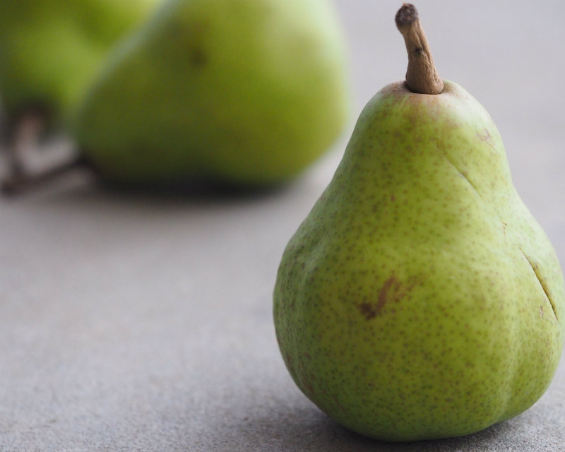 15-weeks-pregnant-size-pear