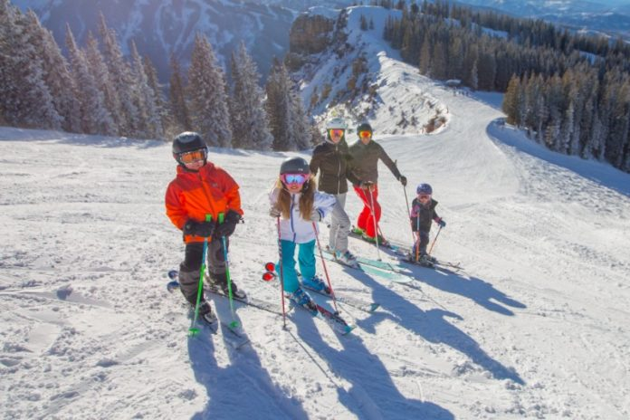 aspen-snowmass-family-friendly-holiday-destinations-ski-holidays