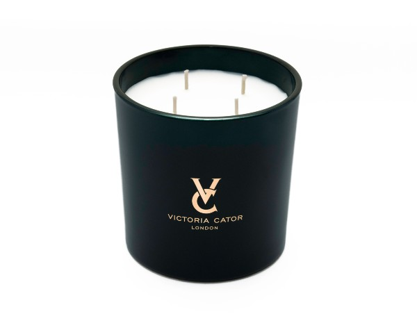 victoria-cator-candle-mothers-day-gift-guide